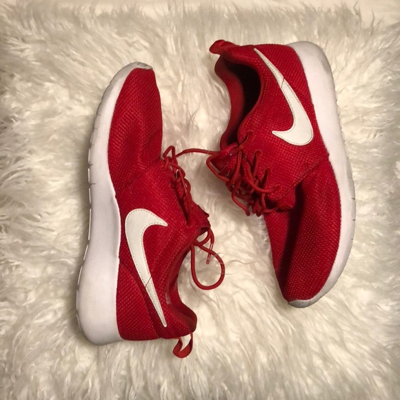 buy popular 75185 138a9 Red and White roshes